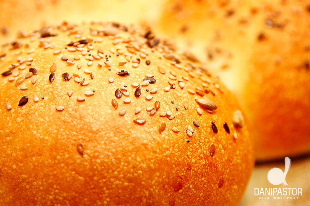 Pan dulce con semillas